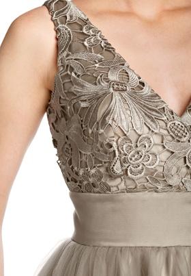 Платье с кружевным лифом своими руками
